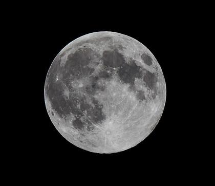 S_moon_19_02